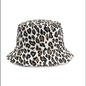 Forever 21 - Leopard Print Bucket Hat